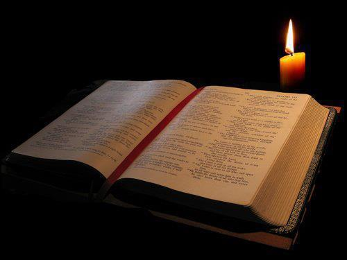Bibbia-e-candela